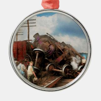 Tren - accidente - cabezas que empalman 1922 adorno navideño redondo de metal