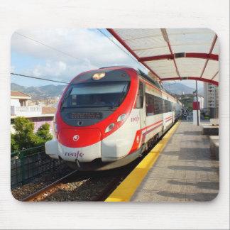 Tren de Renfe en la estación del Los Boliches, Cos Alfombrillas De Ratones
