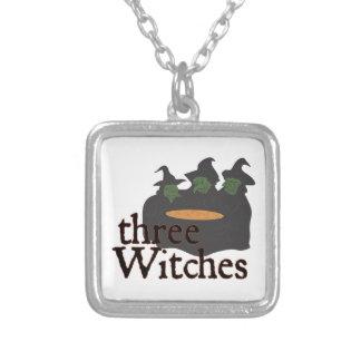 Tres brujas colgante cuadrado