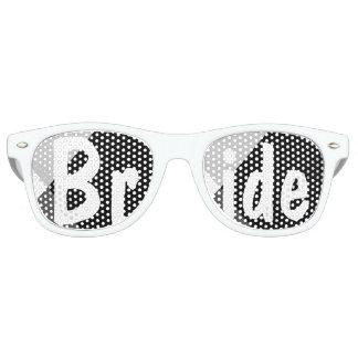 Triángulos blancos negros modernos que casan a la gafas de fiesta