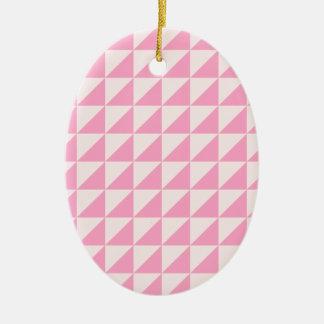Triángulos grandes - palidezca - rosa y rosa del adorno ovalado de cerámica
