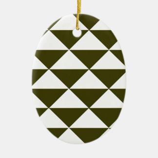 Triángulos imperecederos y blancos adorno ovalado de cerámica