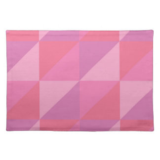 Triángulos rosados salvamanteles