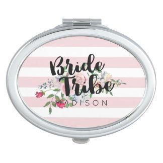 Tribu subió de ruborización de la novia del boda espejo de maquillaje