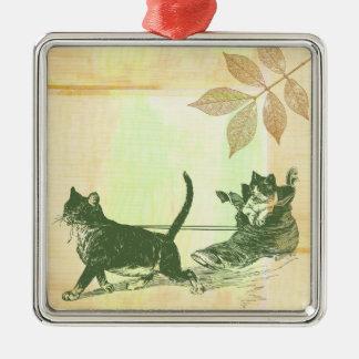 Trineo del zapato de los gatos adorno cuadrado plateado