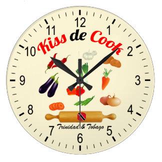 Trinidad and Tobago besan la comida del cocinero Reloj Redondo Grande
