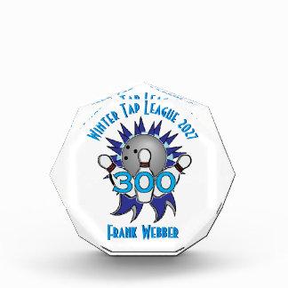 Trofeo Acrílico 300 que ruedan nombre y equipo