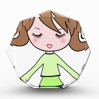 Trofeo Acrílico Arte del dibujo animado del vestido del verde del
