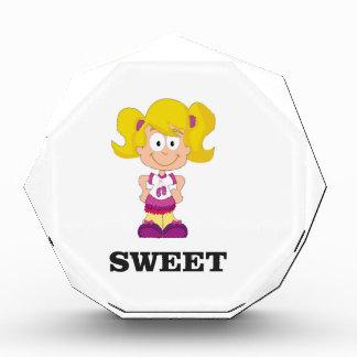 Trofeo Acrílico blondie dulce