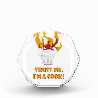Trofeo Acrílico ¡Confíe en que yo es cocinero!