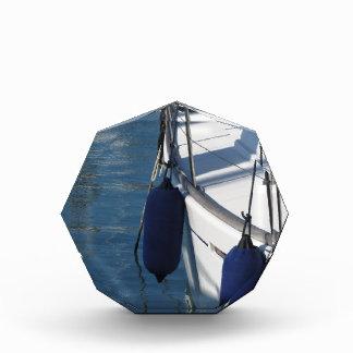 Trofeo Acrílico Lado izquierdo del barco de navegación con dos