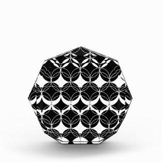 Trofeo Acrílico Modelo abstracto - blanco y negro.