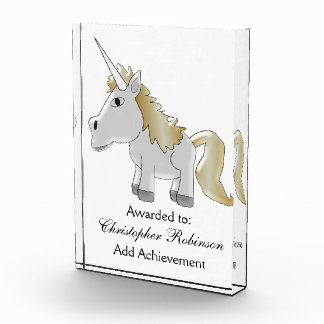 Trofeo El unicornio apenas añade el texto