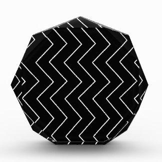 Trofeo Modelo geométrico abstracto - blanco y negro.