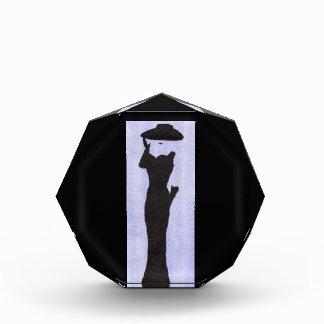 Trofeo Mujer en negro
