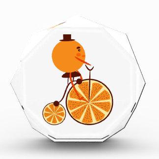 Trofeo Paseo anaranjado