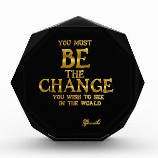 Trofeo Sea el cambio - cita inspirada de la acción de
