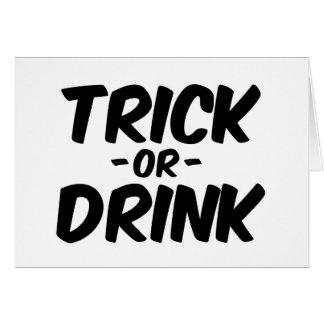 Truco o bebida Halloween divertido Felicitacion