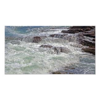Trueno y foto de las olas oceánicas del cordón que