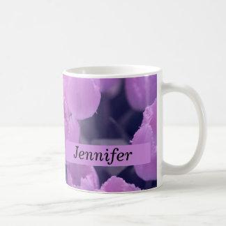 Tulipán púrpura de nuevo a esencial de la escuela taza de café