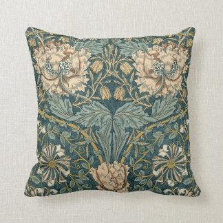 Tulipanes del vintage de William Morris Cojín Decorativo