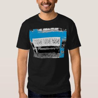 Turquesa con el banco camiseta
