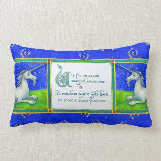 U está para la almohada II del unicornio