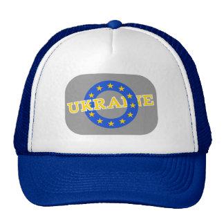 Ucrania con las estrellas de la unión europea gorras