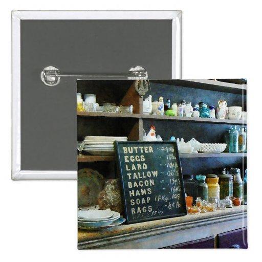 Ultramarinos en tienda general pin