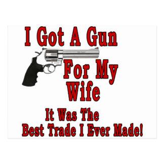 Un arma para mi esposa postal