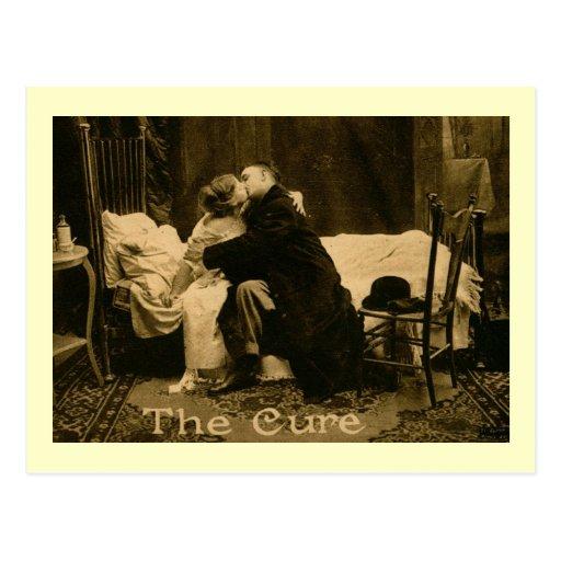 Un beso es el vintage de la curación tarjeta postal