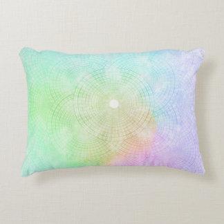 Un chapoteo de la almohada en colores pastel del