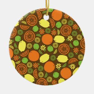 Un chapoteo de la fruta cítrica adorno redondo de cerámica