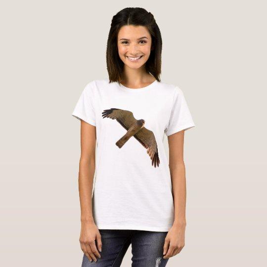Un corredor de cross septentrional se eleva por camiseta