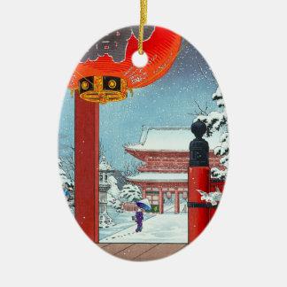 Un día de invierno en el templo Asakusa Tsuchiya Adorno Ovalado De Cerámica