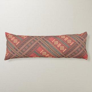 Un diseño hermoso de Ikat de la almohada del