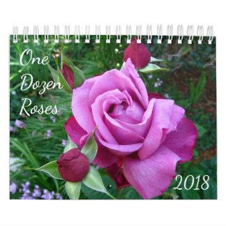 Un docena calendarios 2018 de la foto de los rosas