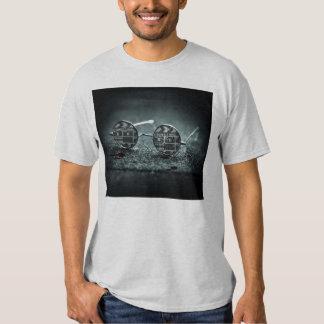 Un gitano y vidrios de un Hairlip Camisetas