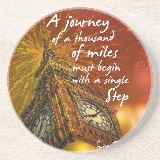Un largo camino comienza con un solo paso posavasos