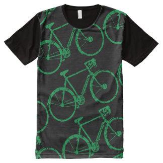 un modelo biking de b.i.k.e.s verde camiseta con estampado integral