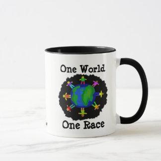 Un mundo, una raza taza