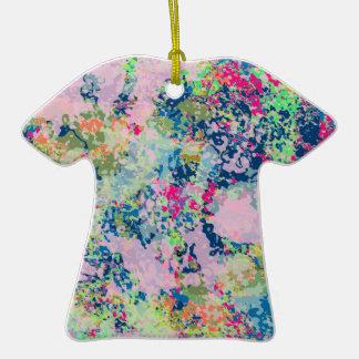 un ornamento de la camiseta de la barajadura de adornos de navidad