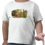 Un paseo en el bosque camiseta
