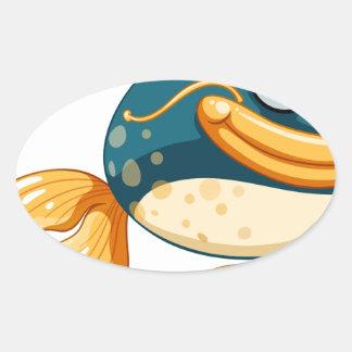 Un pescado con los ojos grandes pegatina ovalada