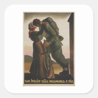 Un poster de la propaganda del beso pegatina cuadrada