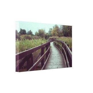Un puente en la laguna lienzo