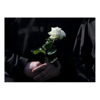 Un rosa blanco pasado tarjetas de visita grandes