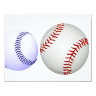 Una bola azul más pequeña del béisbol grande invitación 10,8 x 13,9 cm