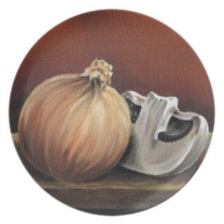 Una cebolla y una seta platos para fiestas