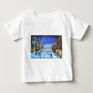 Una escena de la calle del invierno de Scrooge del Camiseta De Bebé
